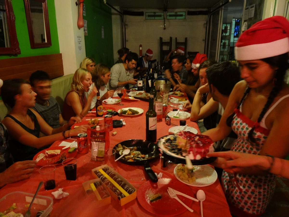 Colombia: The Hostel Christmas Mom