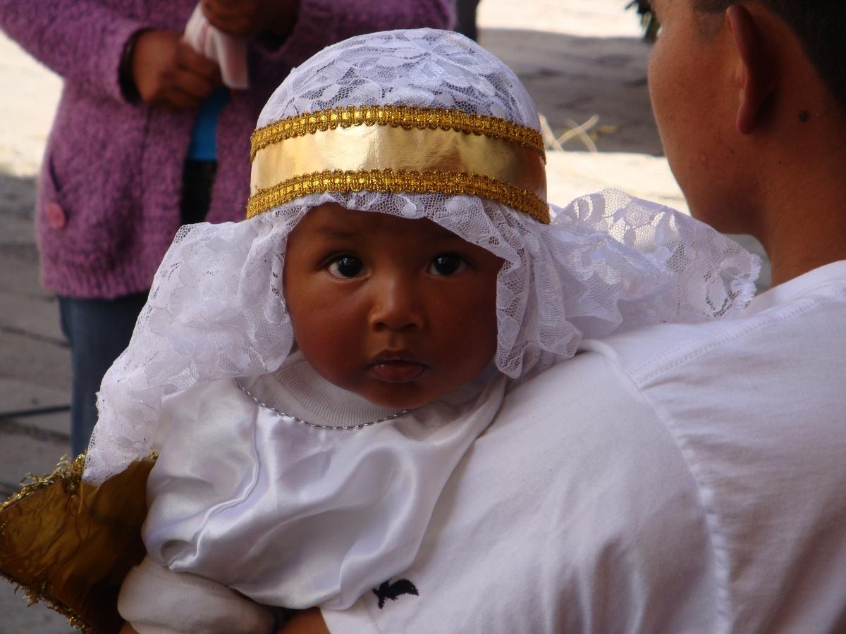 Ecuador: Christmas Eve Day's Pase delNino