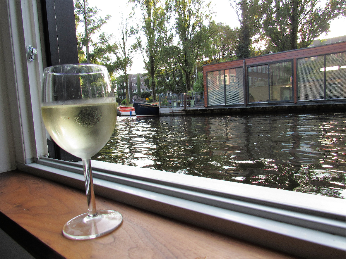 Amsterdam Houseboat: Living Like A Local
