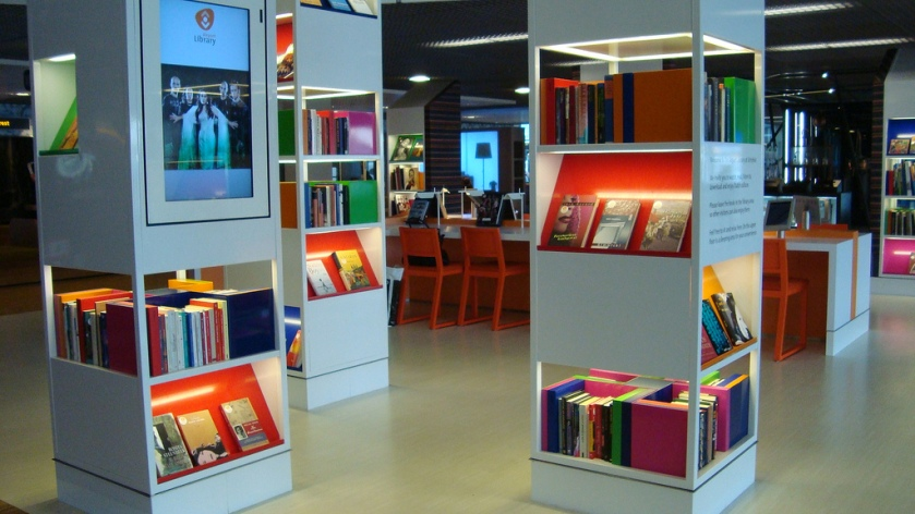 schiphol-airport-library